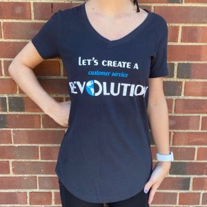 WOMEN'S SHORT SLEEVED BLACK T-SHIRT